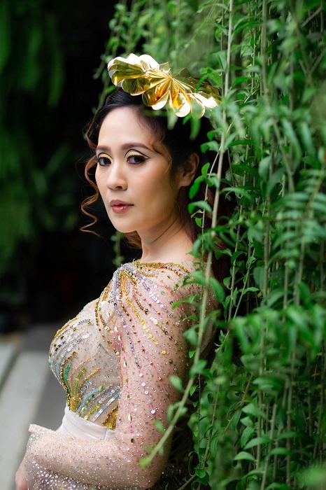 """Diễn viên Thanh Thúy """"đẹp lạ"""" trong hậu trường quay phim mới của Đạo diễn Đức Thịnh"""
