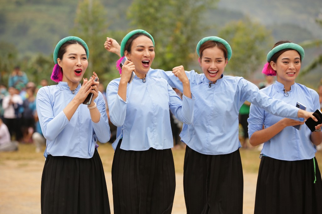 Nguoi dep Vietnam Why Not tham gia da banh42