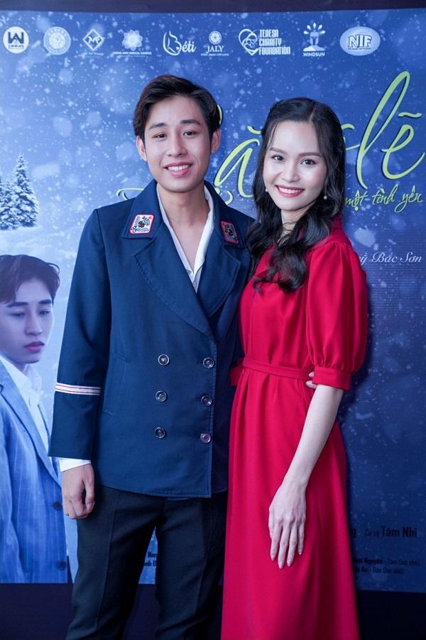 Hua Manh Dung_Nguyen Thanh Truc_MV Lang Le Mot Tinh Yeu