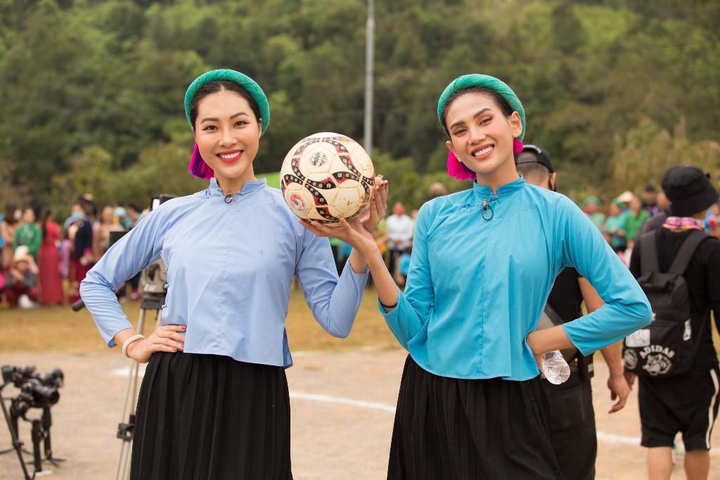 Nguoi dep Vietnam Why Not tham gia da banh97