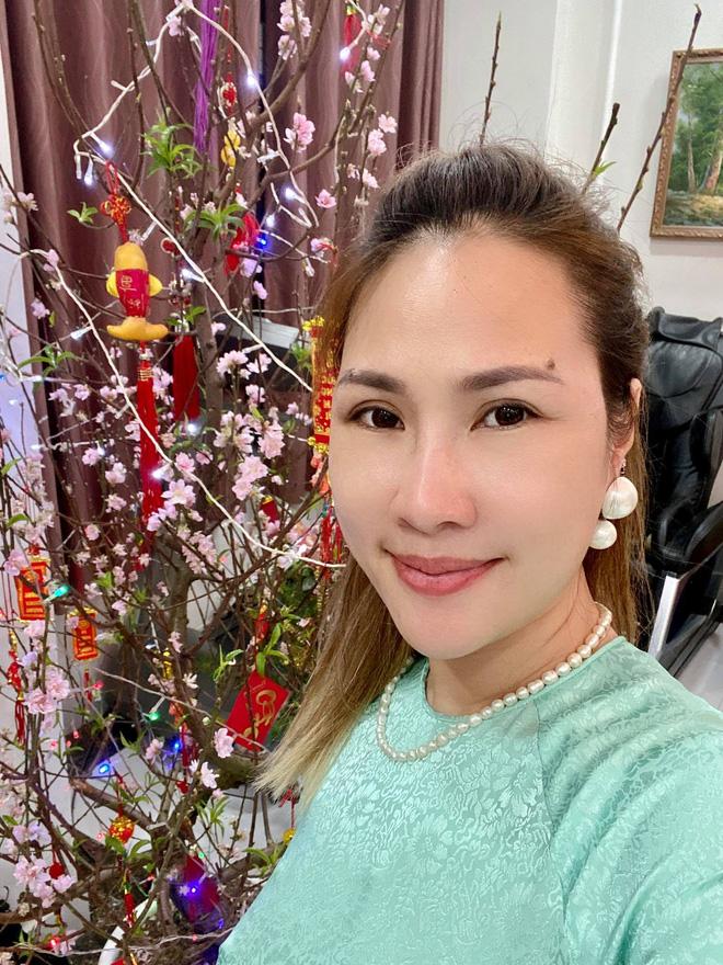 Hình ảnh hạnh phúc của Jimmii Nguyễn bên vợ và 3 người con - Ảnh 6.