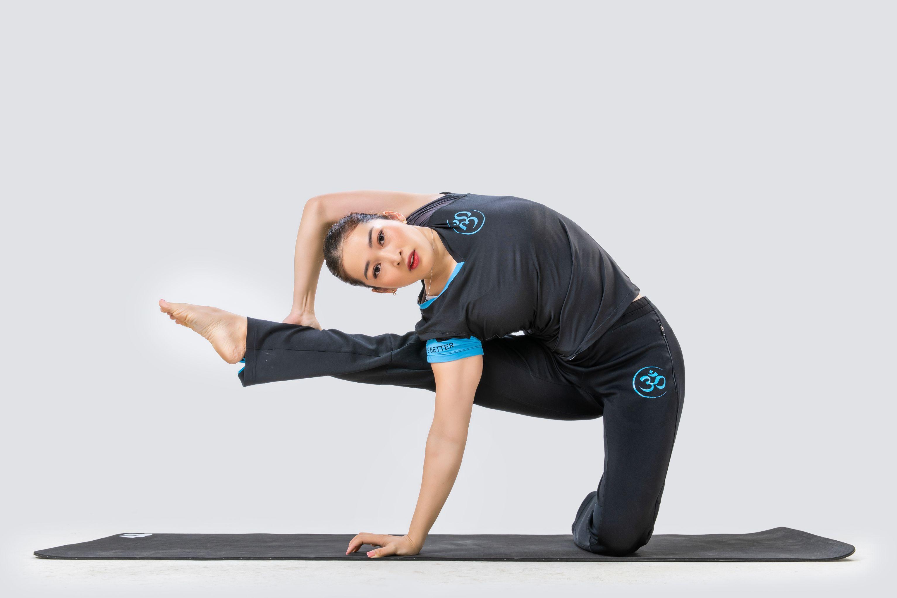 California Fitness Yoga 1 California Fitness & Yoga tổ chức chương trình cộng đồng Yoga & thiền giúp người Việt ngủ ngon hơn